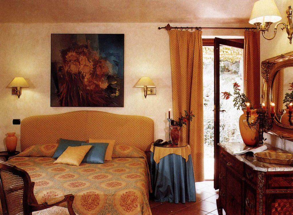 Agnata-di-De-André-Boutique-Hotel-bedroom