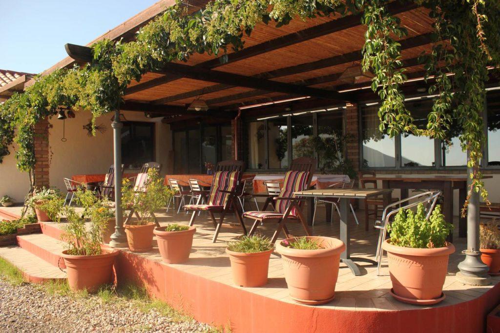 agriturismo-fighezia-terrace